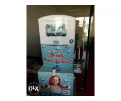Water purifier with water cooler